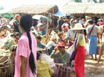 ミャンマー、インレー湖周辺の五日市